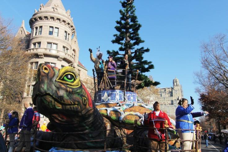 'The True Spirit of Thanksgiving,' the Oneida Nation's Macy's Parade Float, Captivates the Crowds - ICTMN.com